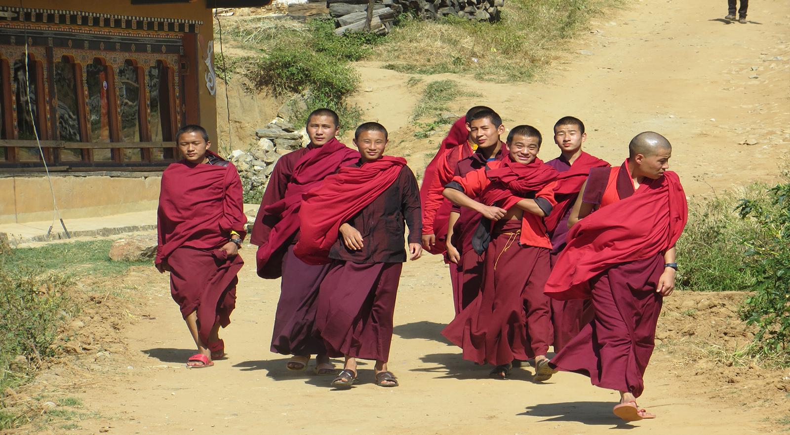 Bhutan - monjos